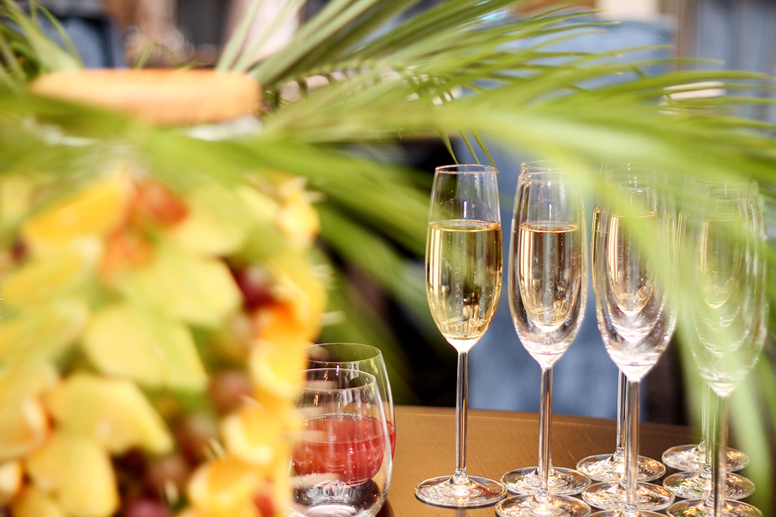 в панорамном ресторане Mozart загородного комплекса Grand Admiral Resort & SPA