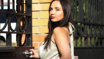 INCITY: золотое платье в золотом квартале