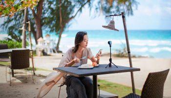 Новинки Xiaomi: крутой смартфон, экшн-камера и умный ночник