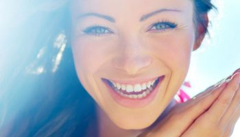 Как выглядеть моложе: 10 простых хитростей