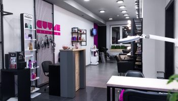 На Прорезной в Киеве открылся новый салон сети CUTME Studio
