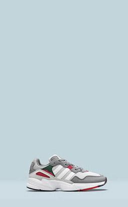 Новые кроссовки: adidas Originals Yung-96