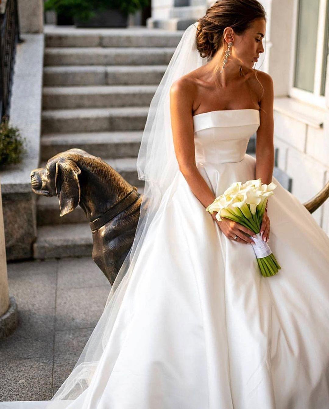 Салон свадебный и вечерних платьев Crystal Kyiv