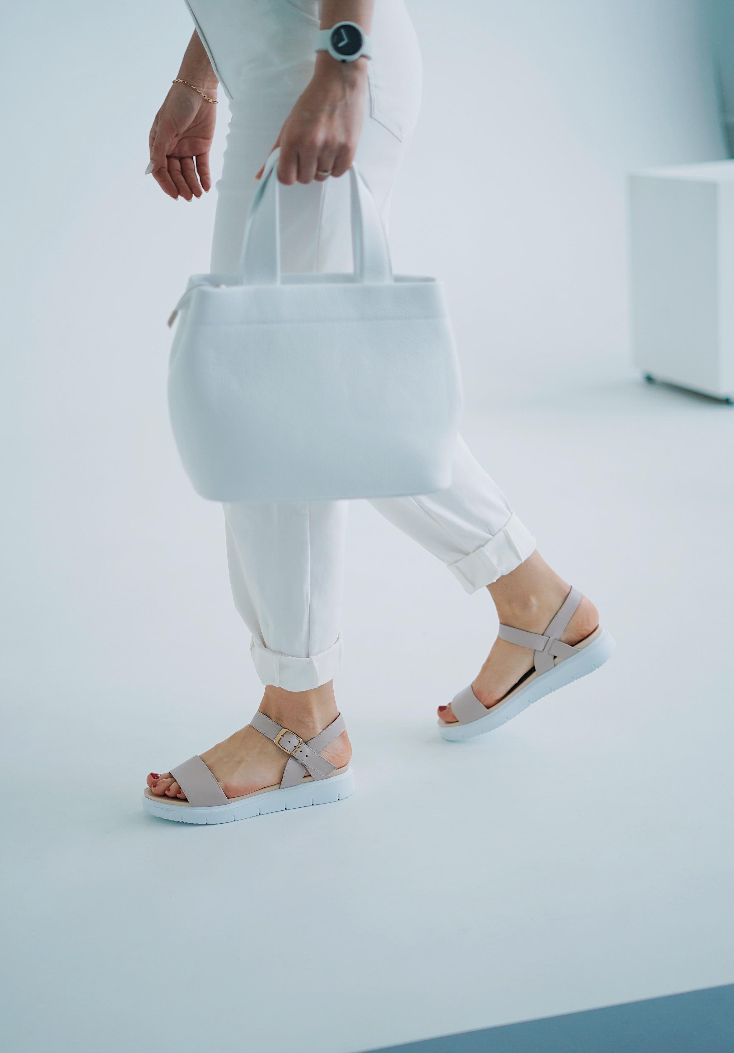 Женская обувь от Crocus City